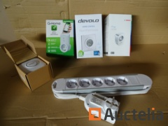 1 power outlet, 1 doorbell cordless, 1 ambient thermostat, 1 controllable power outlet