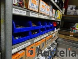 15-bins-with-various-screws-and-bolts-1050813G.jpg