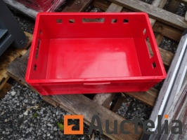 24-meat-crate-with-handles-open-new-1031730G.jpg