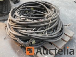5-electric-cables-1039095G.jpg