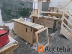 5 Wood Workbenches