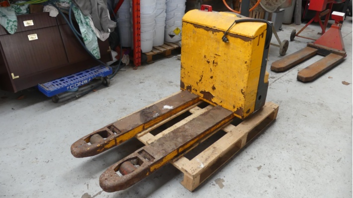 Agricultural Equipment and Horticulture