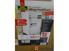 EBOXEA634SW parcel box, integrated with a mailbox. Store Value: €414