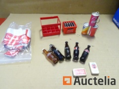 Miniature items, Bottles, lockers, boxes, Coca Cola gums