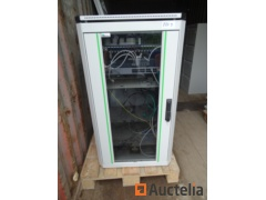 Rack for Logon network switch, store value out of rack +/-€1400, various cables