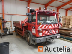 Renault 40ACB3 Truck with tipper and with crane (1995-194.861 km)