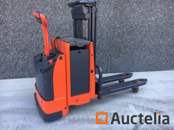 Sale of lifting equipment