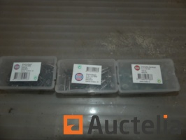 set-of-fasteners-and-nails-various-988770G.jpg