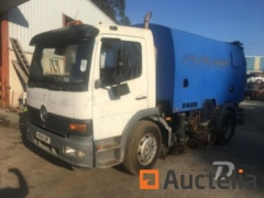 Sweeper truck Mercedes-Benz with vaccum Faun - REF667