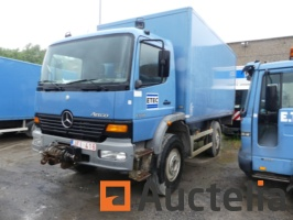 truck-rear-case-tailgate-and-front-winch-mercedes-atego-1318-696666G.jpg