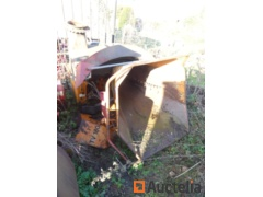 Vandaele TV 180  Branch Crusher