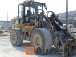 chargeuse-sur-pneus-caterpillar-it28g-734736G.jpg